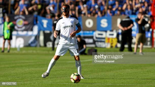 Gianluca Korte of Mannheim runs with the ball during the Relegation Regionalliga Play Off second leg match at Hensch Arena on May 31 2017 in Meppen...