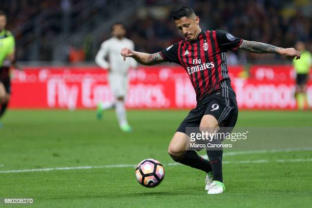 Gianluca Lapadula of Ac Milan in action during the Serie A match between Ac Milan and As Roma As Roma wins 41 over Ac Milan
