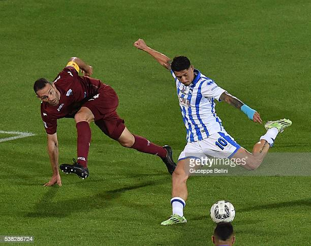 Gianluca Lapadula of Pescara Calcio scores the goal 20 during the Serie B match between Pescara Calcio and Trapani Calcio at Adriatico Stadium on...