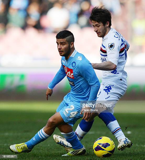 Gianluca Sansone of UC Sampdoria competes for the ball with Lorenzo Insigne of SSC Napoli during the Serie A match between SSC Napoli and UC...