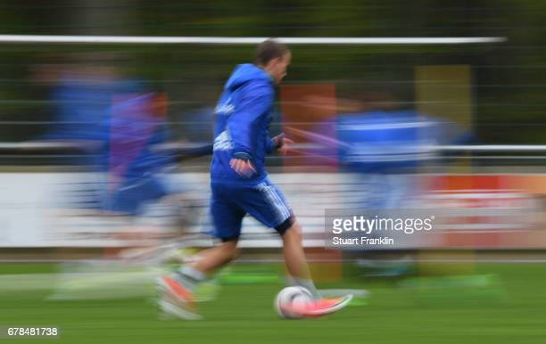 GianLuca Waldschmidt of Hamburger SV controls a ball during a training session of Hamburger SV on May 4 2017 in Rotenburg an der Wuemme Germany