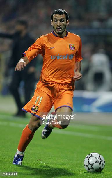 Gianluca Zambrotta of Barcelona in action during the UEFA Champions League group A match between Werder Bremen and FC Barcelona at the Weser Stadium...