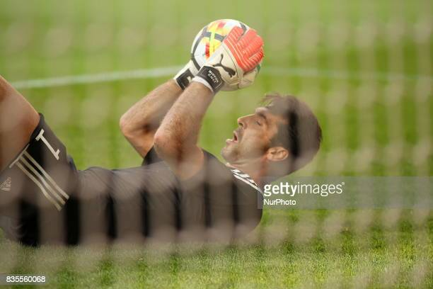 Gianluigi Buffon before the Serie A football match between Juventus FC and Cagliari Calcio at Allianz Stadium on august 19 2017 in Turin Italy