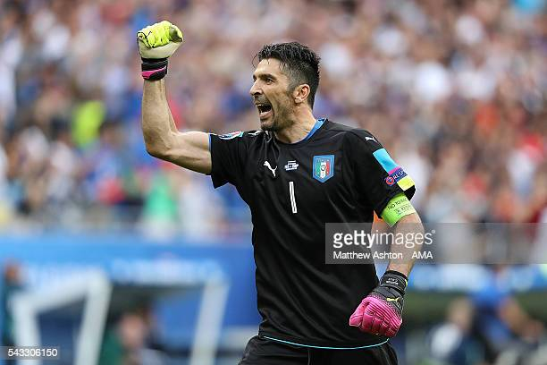 Gianluigi Buffon of Italy celebrates at the end of the UEFA Euro 2016 Round of 16 match between Italy and Spain at Stade de France on June 27 2016 in...
