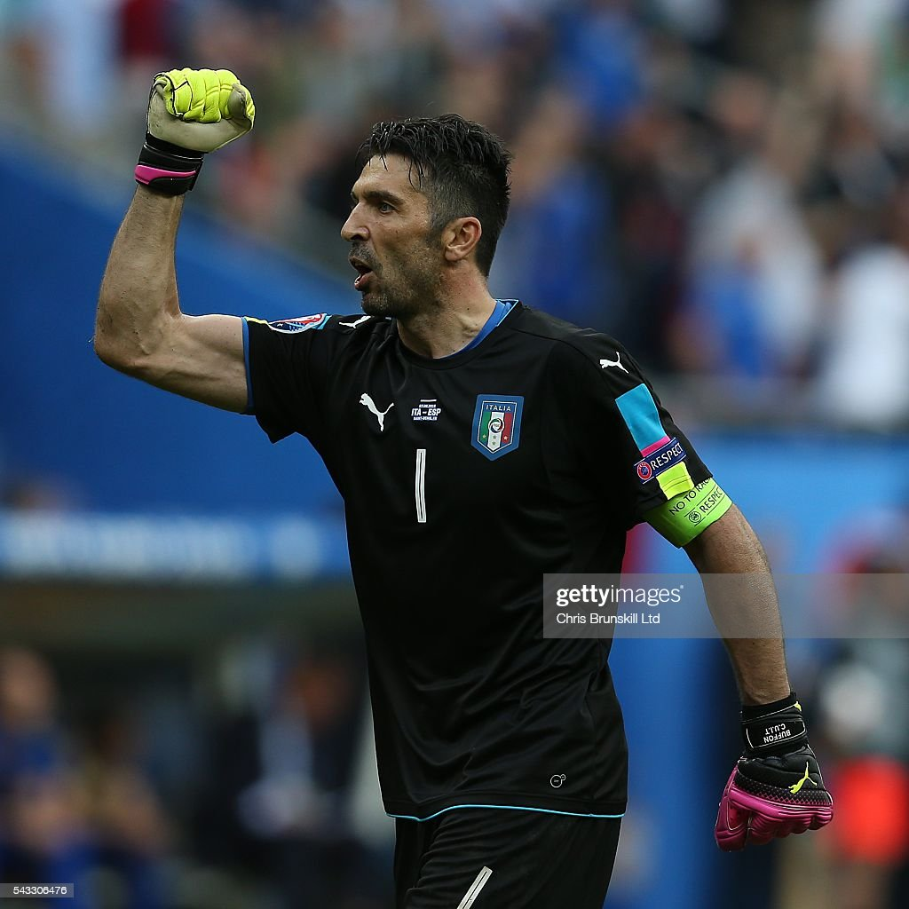 <a gi-track='captionPersonalityLinkClicked' href=/galleries/search?phrase=Gianluigi+Buffon&family=editorial&specificpeople=208860 ng-click='$event.stopPropagation()'>Gianluigi Buffon</a> of Italy celebrates his side's second goal during the UEFA Euro 2016 Round of 16 match between Italy and Spain at Stade de France on June 27, 2016 in Paris, France.