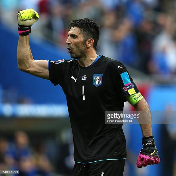 Gianluigi Buffon of Italy celebrates his side's second goal during the UEFA Euro 2016 Round of 16 match between Italy and Spain at Stade de France on...