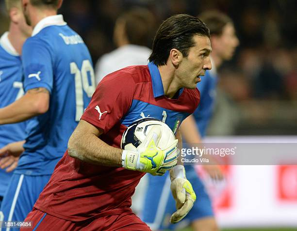 Gianluigi Buffon of Italy during the international friendly match between Italy and Germany at Giuseppe Meazza stadium on November 15 2013 in Milan...