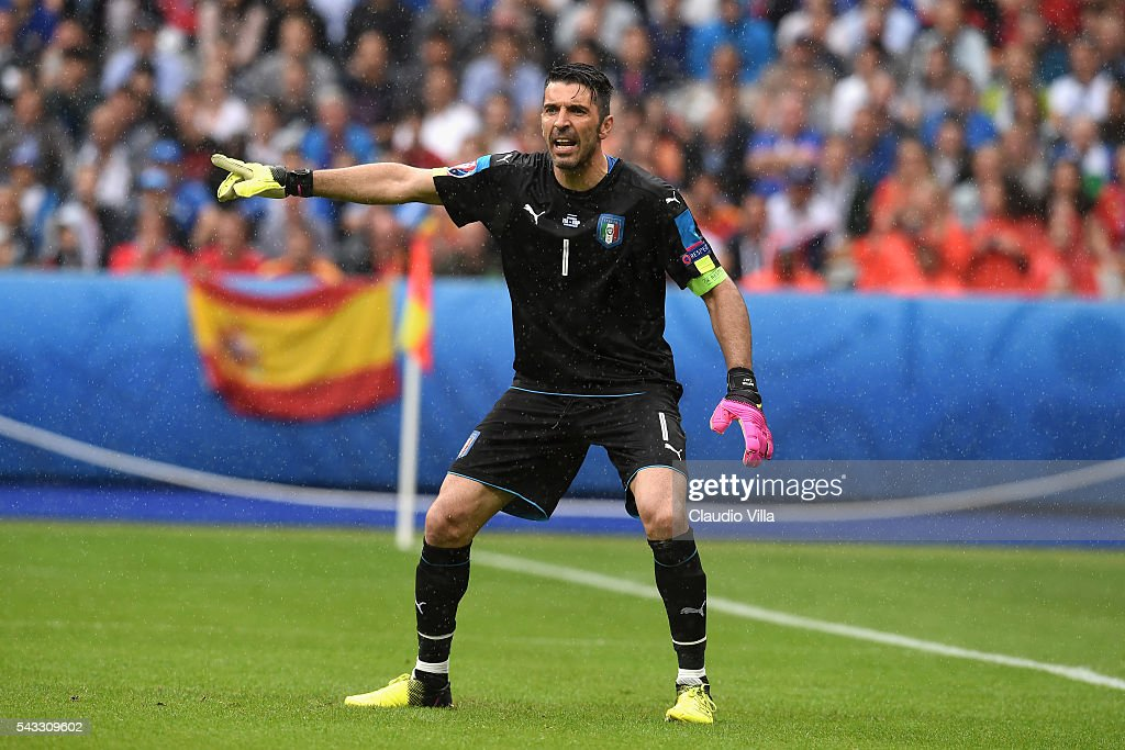 <a gi-track='captionPersonalityLinkClicked' href=/galleries/search?phrase=Gianluigi+Buffon&family=editorial&specificpeople=208860 ng-click='$event.stopPropagation()'>Gianluigi Buffon</a> of Italy gestures during the UEFA EURO 2016 round of 16 match between Italy and Spain at Stade de France on June 27, 2016 in Paris, France.