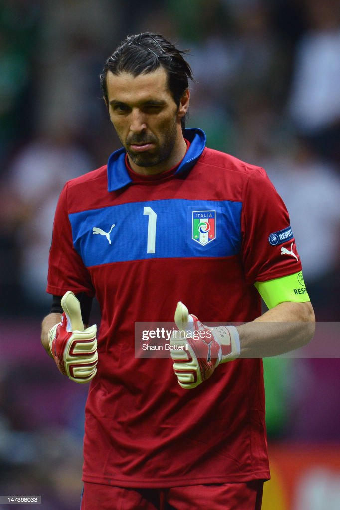 <a gi-track='captionPersonalityLinkClicked' href=/galleries/search?phrase=Gianluigi+Buffon&family=editorial&specificpeople=208860 ng-click='$event.stopPropagation()'>Gianluigi Buffon</a> of Italy gives a thumbs up and winks during the UEFA EURO 2012 semi final match between Germany and Italy at the National Stadium on June 28, 2012 in Warsaw, Poland.