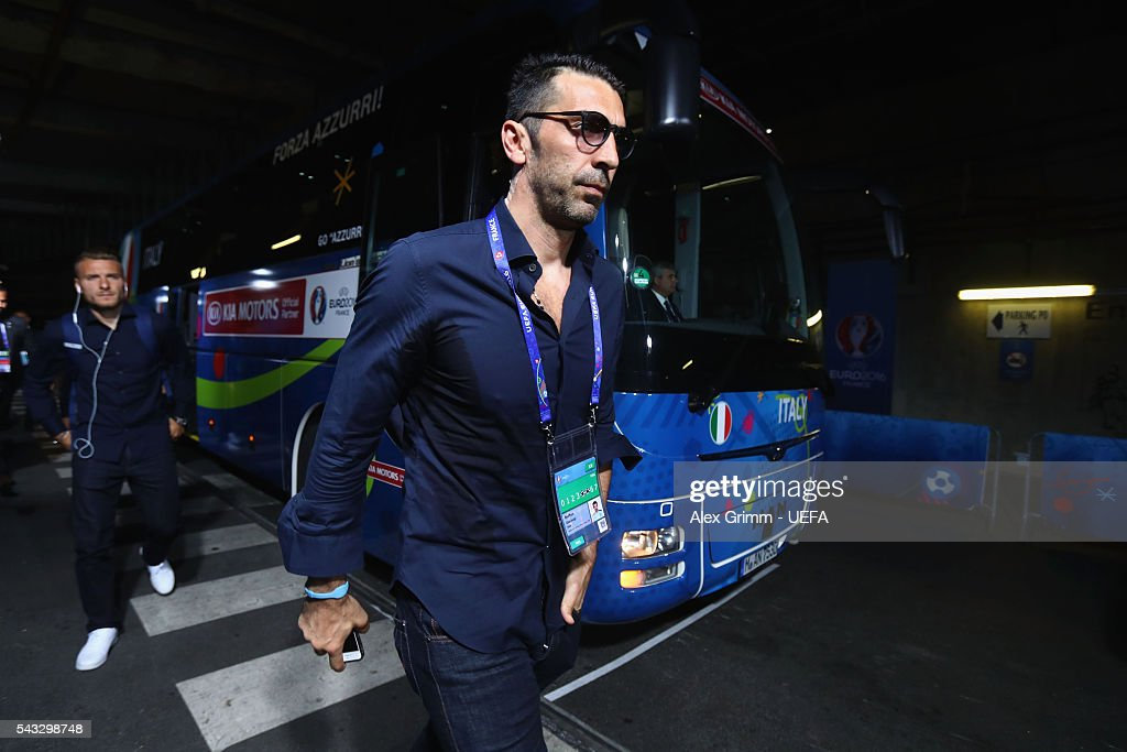 <a gi-track='captionPersonalityLinkClicked' href=/galleries/search?phrase=Gianluigi+Buffon&family=editorial&specificpeople=208860 ng-click='$event.stopPropagation()'>Gianluigi Buffon</a> of Italy is seen on arrival at the stadium prior to the UEFA EURO 2016 round of 16 match between Italy and Spain at Stade de France on June 27, 2016 in Paris, France.