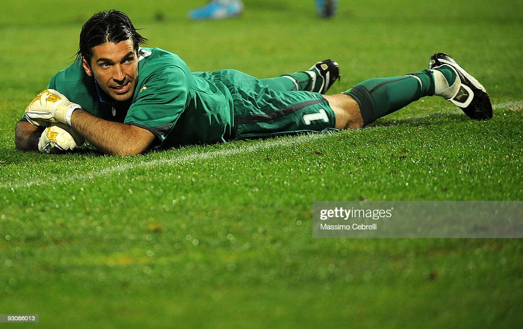 <a gi-track='captionPersonalityLinkClicked' href=/galleries/search?phrase=Gianluigi+Buffon&family=editorial&specificpeople=208860 ng-click='$event.stopPropagation()'>Gianluigi Buffon</a> of Italy reacts during the international friendly match between Italy and Holland at Adriatico Stadium on November 14, 2009 in Pescara, Italy.