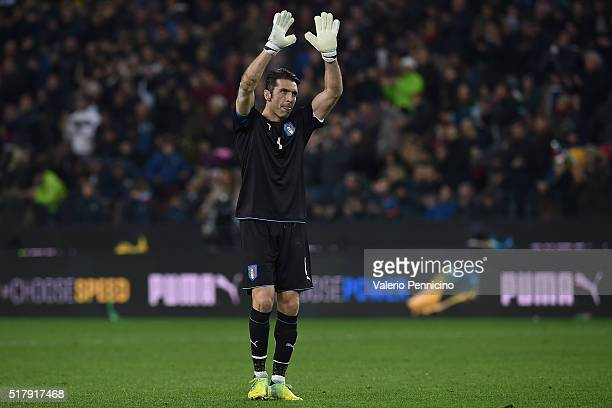 Gianluigi Buffon of Italy salutes the fans at the end of the international friendly match between Italy and Spain at Stadio Friuli on March 24 2016...