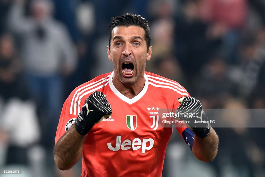 Gianluigi Buffon of Juventus celebrates for Mario Mandzukic goal during the UEFA Champions League group D match between Juventus and Sporting CP at Allianz Stadium on October 18, 2017 in Turin, Italy.
