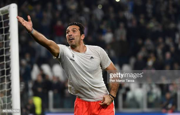 Gianluigi Buffon of Juventus celebrates the victory during the UEFA Champions League group D match between Juventus and Sporting CP at Juventus...