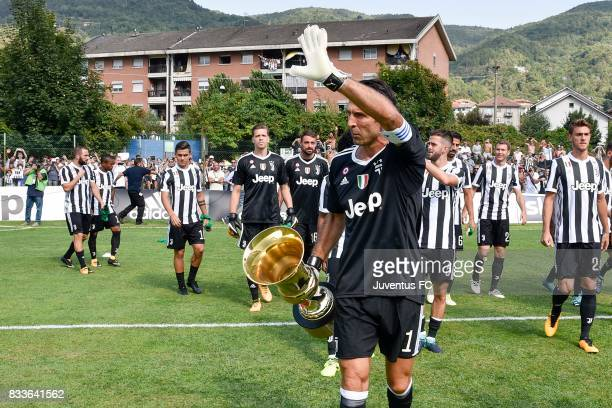 Gianluigi Buffon of Juventus cheers the fans before the preseason friendly match between Juventus A and Juventus B on August 17 2017 in Villar Perosa...