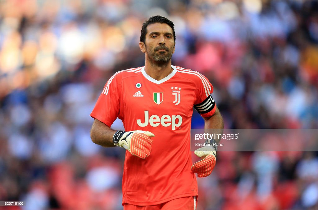 Kits by BK-201 ::NO REQUESTS:: - Page 2 Gianluigi-buffon-of-juventus-during-the-preseason-friendly-match-picture-id826719166