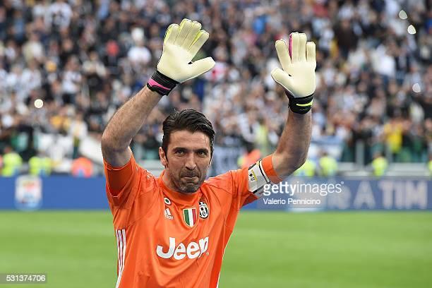 Gianluigi Buffon of Juventus FC celebrates after beating UC Sampdoria 50 to win the Serie A Championships after the Serie A match between Juventus FC...