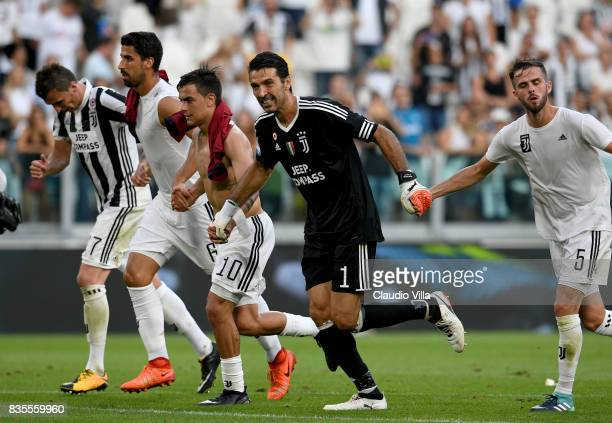 Gianluigi Buffon of Juventus FC celebrates at the end of the Serie A match between Juventus and Cagliari Calcio at Allianz Stadium on August 19 2017...