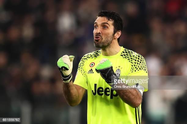 Gianluigi Buffon of Juventus FC celebrates his team's first goal during the Serie A match between Juventus FC and AC Milan at Juventus Stadium on...