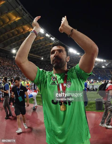Gianluigi Buffon of Juventus FC celebrates the victory after the TIM Cup Final match between SS Lazio and Juventus FC at Olimpico Stadium on May 17...