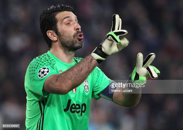 Gianluigi Buffon of Juventus FC directs his defense during the UEFA Champions League Round of 16 second leg match between Juventus and FC Porto at...