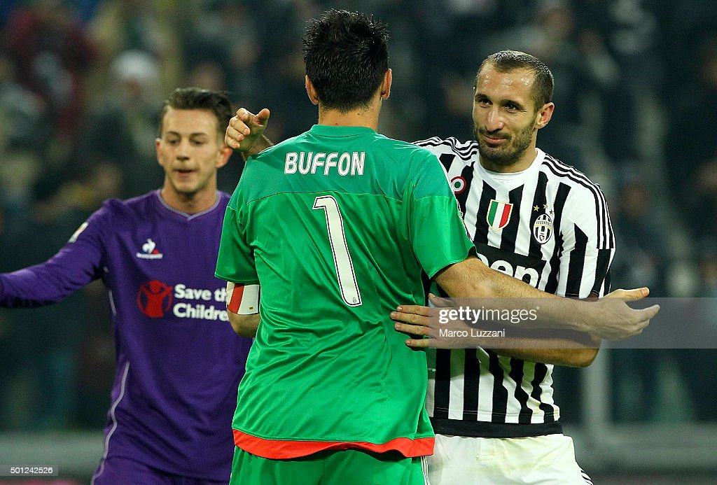 Gianluigi Buffon of Juventus FC embraces his team-mate Giorgio Chiellini at the end of the Serie A match betweeen Juventus FC and ACF Fiorentina at Juventus Arena on December 13, 2015 in Turin, Italy.