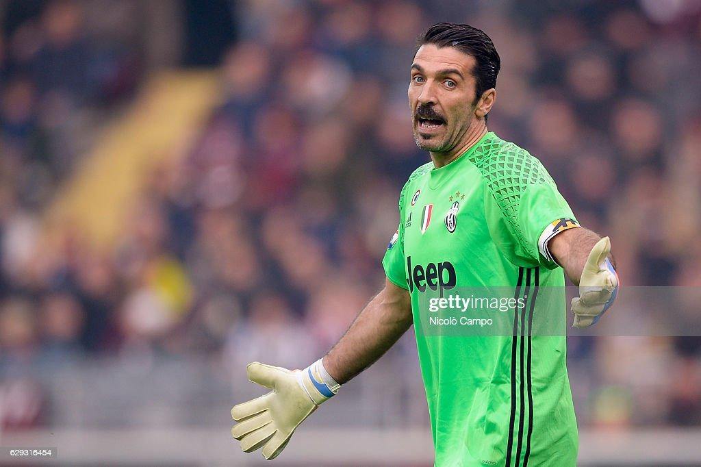 Gianluigi Buffon of Juventus FC gestures during the Serie A... : News Photo