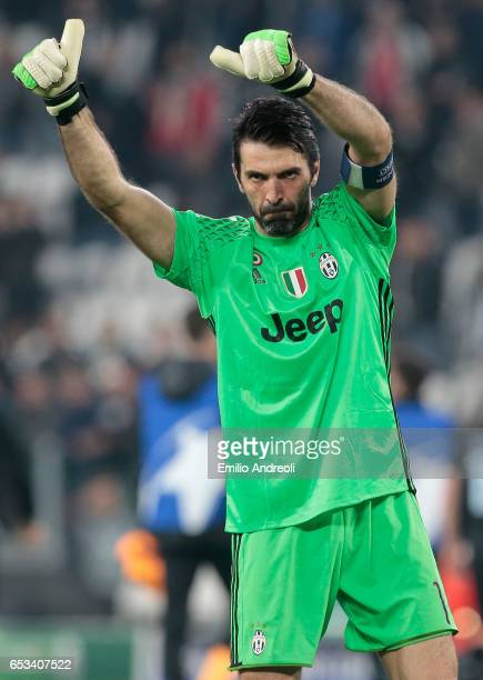 Gianluigi Buffon of Juventus FC gestures during the UEFA Champions League Round of 16 second leg match between Juventus and FC Porto at Juventus...