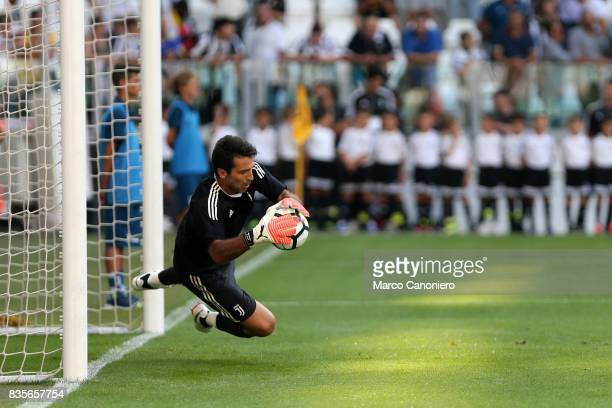 Gianluigi Buffon of Juventus FC in action during the Serie A football match between Juventus FC and Cagliari Calcio Juventus Fc wins 30 over Cagliari...