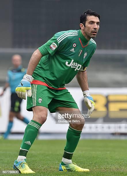 Gianluigi Buffon of Juventus in action during Serie A match between AC Chievo Verona and Juventus FC at Stadio Marc'Antonio Bentegodi on January 31...