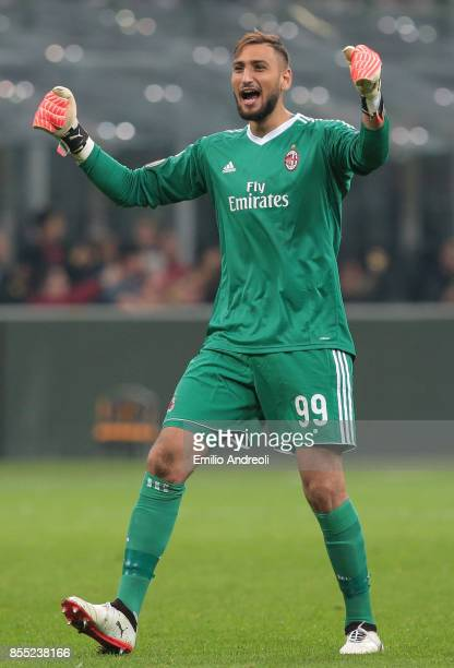 Gianluigi Donnarumma of AC Milan celebrates after his teammate Mateo Pablo Musacchio scored during the UEFA Europa League group D match between AC...