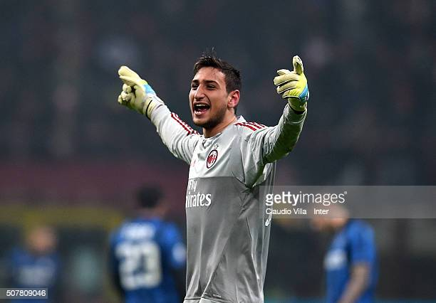 Gianluigi Donnarumma of AC Milan celebrates during the Serie A match between AC Milan and FC Internazionale Milano at Stadio Giuseppe Meazza on...