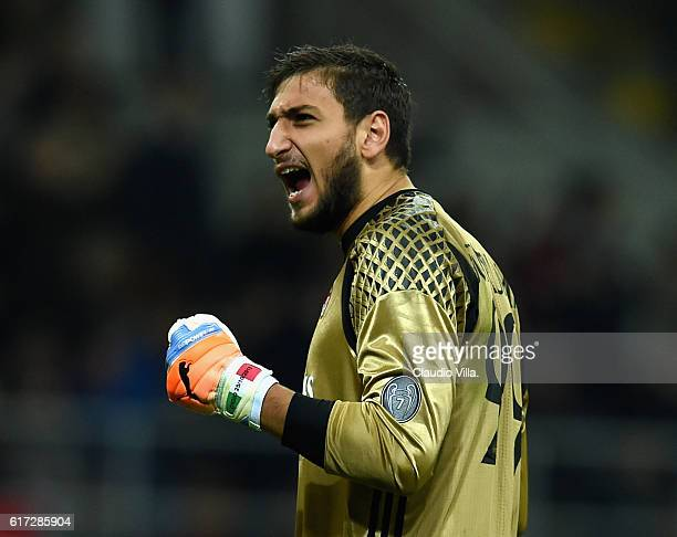 Gianluigi Donnarumma of AC Milan celebrates during the Serie A match between AC Milan and Juventus FC at Stadio Giuseppe Meazza on October 22 2016 in...