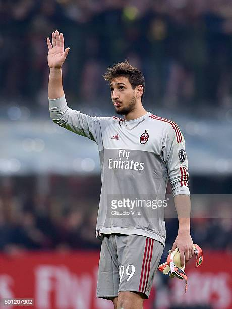 Gianluigi Donnarumma of AC Milan dejected at the end of the Serie A match betweeen AC Milan and Hellas Verona FC at Stadio Giuseppe Meazza on...