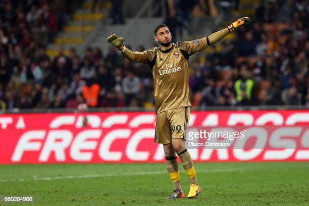Gianluigi Donnarumma of Ac Milan during the Serie A match between Ac Milan and As Roma As Roma wins 41 over Ac Milan
