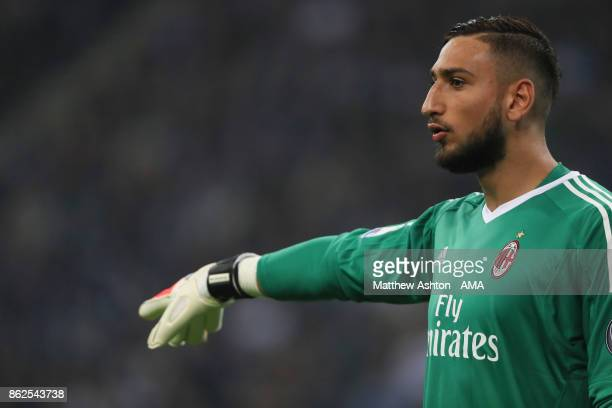 Gianluigi Donnarumma of AC Milan during the Serie A match between FC Internazionale and AC Milan at Stadio Giuseppe Meazza on October 15 2017 in...