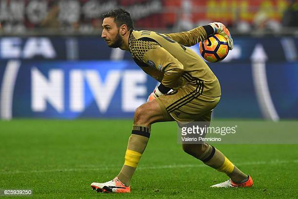 Gianluigi Donnarumma of AC Milan in action during the Serie A match between AC Milan and FC Internazionale at Stadio Giuseppe Meazza on November 20...