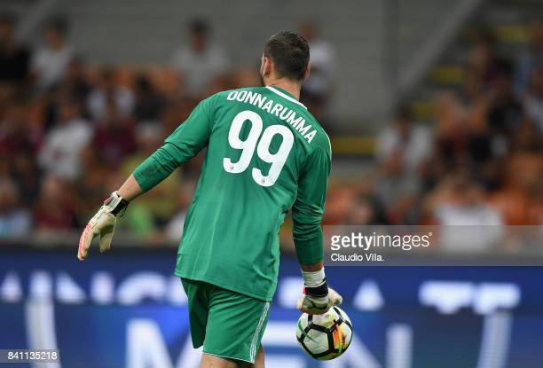 Gianluigi Donnarumma of AC Milan in action during the Serie A match between AC Milan and Cagliari Calcio at Stadio Giuseppe Meazza on August 27 2017...