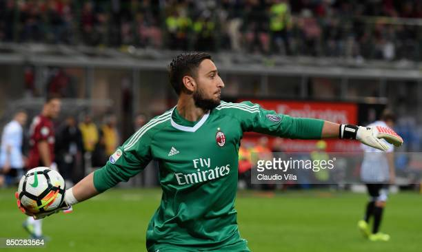 Gianluigi Donnarumma of AC Milan in action during the Serie A match between AC Milan and Spal at Stadio Giuseppe Meazza on September 20 2017 in Milan...