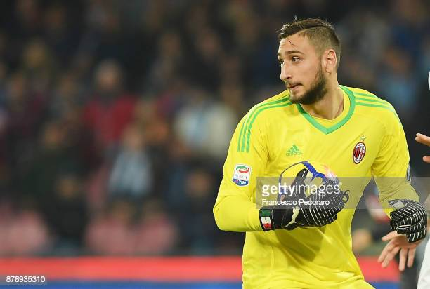 Gianluigi Donnarumma of AC Milan in action during the Serie A match between SSC Napoli and AC Milan at Stadio San Paolo on November 18 2017 in Naples...