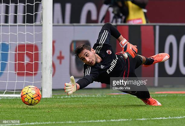 Gianluigi Donnarumma of AC Milan in action prior to the Serie A match between AC Milan and US Sassuolo Calcio at Stadio Giuseppe Meazza on October 25...