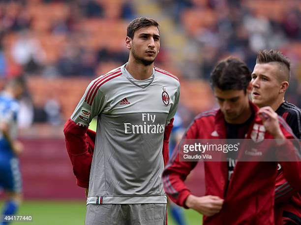 Gianluigi Donnarumma of AC Milan looks on during the Serie A match between AC Milan and US Sassuolo Calcio at Stadio Giuseppe Meazza on October 25...