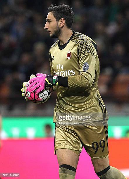Gianluigi Donnarumma of AC Milan looks on during the Serie A match between AC Milan and AS Roma at Stadio Giuseppe Meazza on May 14 2016 in Milan...