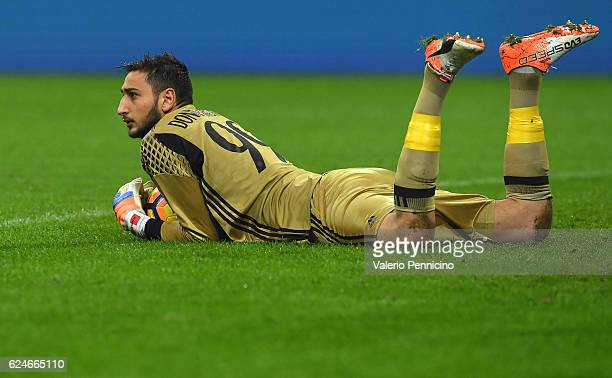 Gianluigi Donnarumma of AC Milan looks on during the Serie A match between AC Milan and FC Internazionale at Stadio Giuseppe Meazza on November 20...