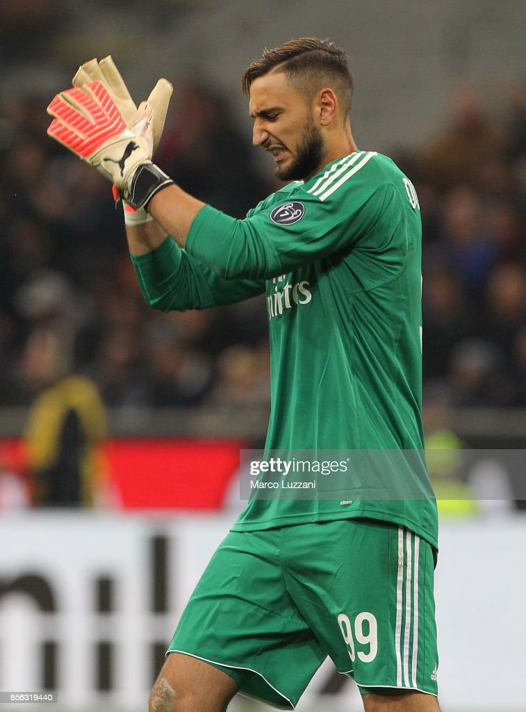 Gianluigi Donnarumma of AC Milan reacts during the Serie A match between AC Milan and AS Roma at Stadio Giuseppe Meazza on October 1, 2017 in Milan, Italy.