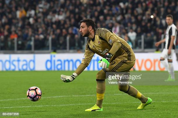 Gianluigi Donnarumma of AC Milan shoots the ball during the Serie A match between Juventus FC and AC Milan at Juventus Stadium on March 10 2017 in...
