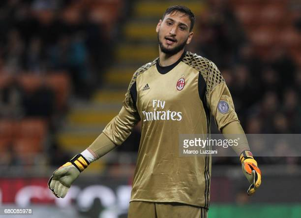 Gianluigi Donnarumma of AC Milan shows his dejection during the Serie A match between AC Milan and AS Roma at Stadio Giuseppe Meazza on May 7 2017 in...