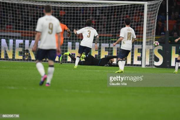 Gianluigi Donnarumma of Italy of Italy in action during the international friendly match between Netherlands and Italy at Amsterdam Arena on March 28...