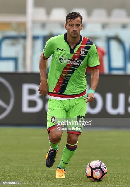 Gianmarco Ferrari of FC Crotone in action during the Serie A match between Pescara Calcio and FC Crotone at Adriatico Stadium on May 7 2017 in...