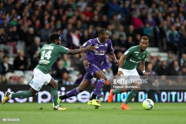Giannelli Imbula of Toulouse during the Ligue 1 match between Toulouse and AS SaintEtienne at Stadium Municipal on October 29 2017 in Toulouse